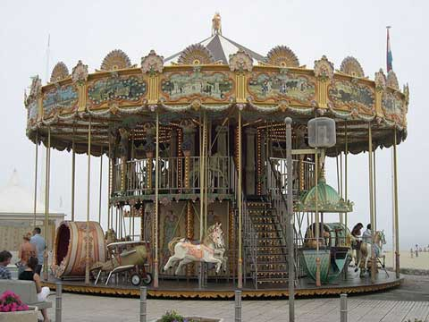 Double layer carousel rides with 36 seats