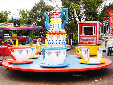 6 Cup Teacups Ride