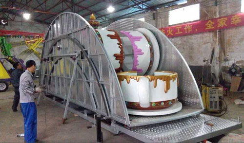 Packing Of Tea Cup Ride