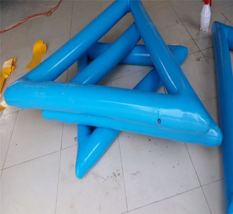 inflatable-triangle