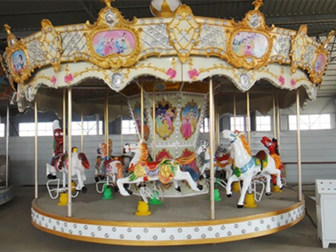 New carousel rides with grand types